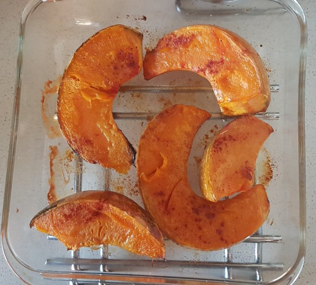 Wholefood roasted pumpkin, Paleo and primal friendly